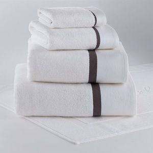 SEATTLE COLLECTION HOTEL BATH TOWELS (set of 10)